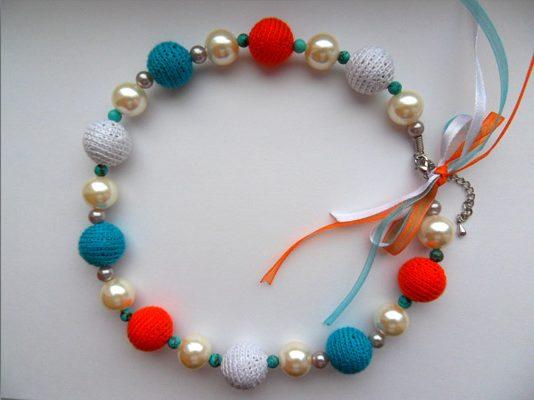 Вязанные крючком бусы Бирюзовый-оранжевый