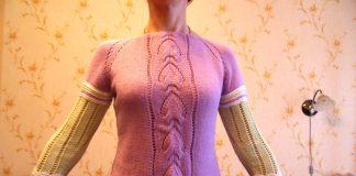 Вязанный спицами пуловер Сабрина