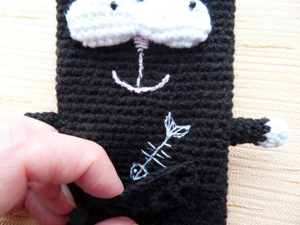 вязаный чехол на телефон кот айкот Handmade39ru