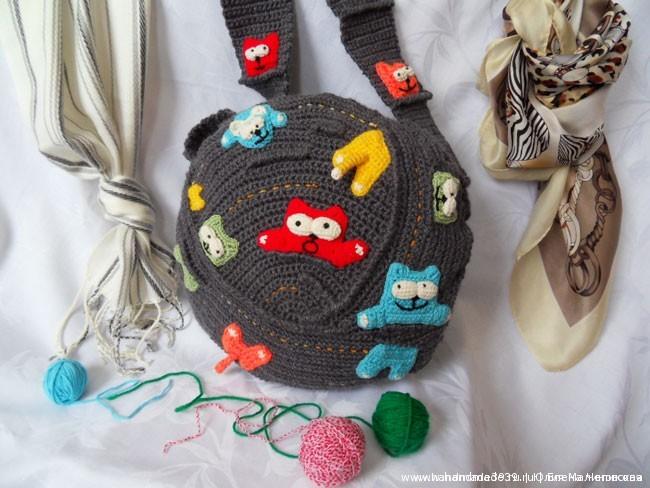 Вязаная сумка Клубок кошек