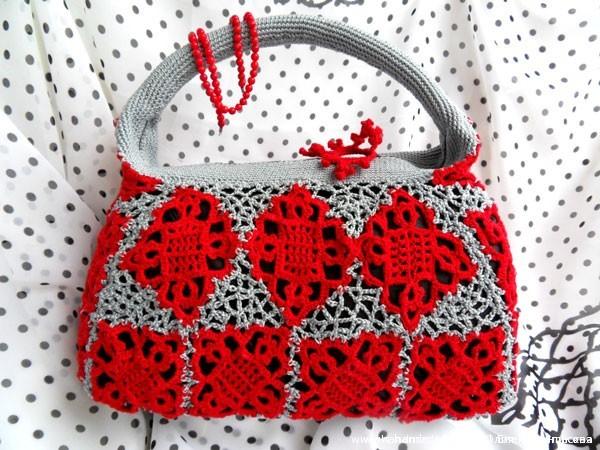 Вязаная крючком сумка Красно-серые кораллы