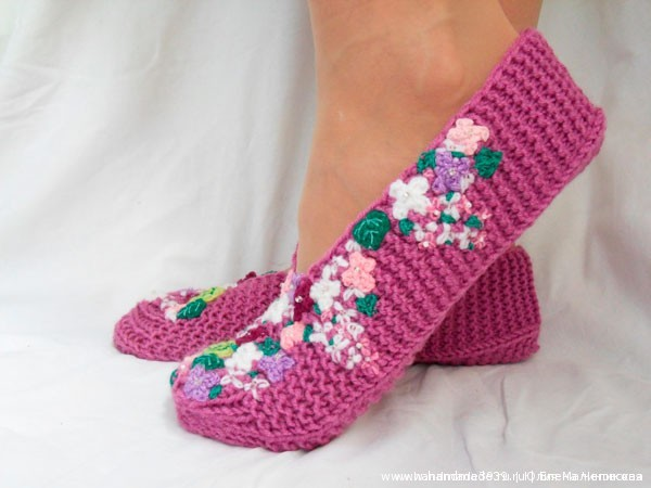 Knitted Slippers Lilac 07 Тапочки «Сирень»