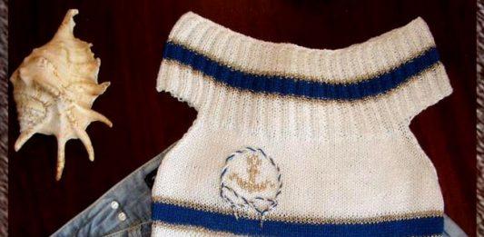 Вязанный спицами топ с полосками и вышивкой