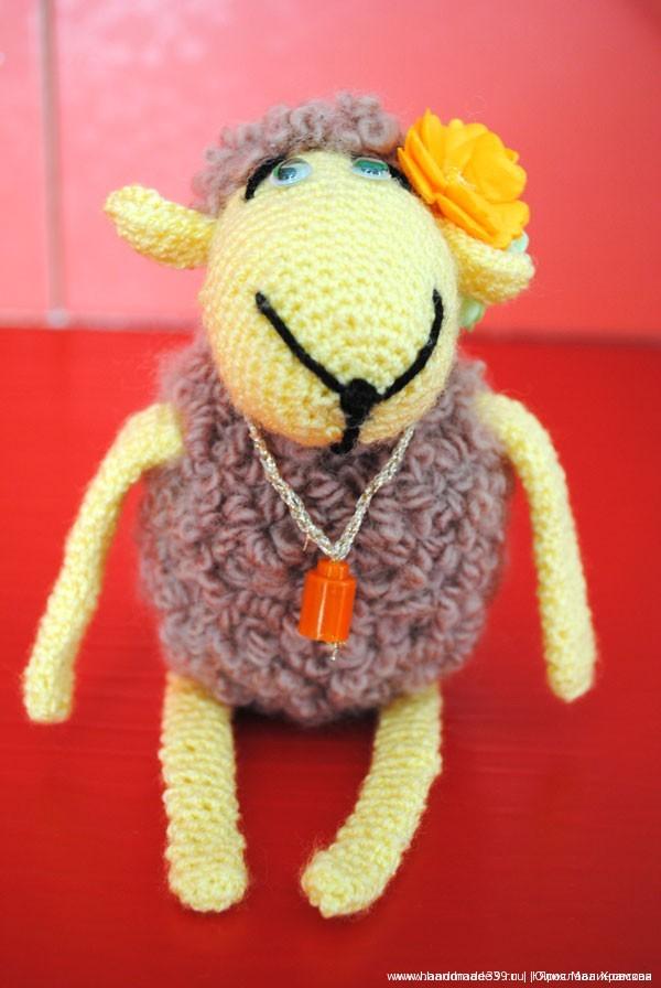 Вязанная крючком овечка Бяша