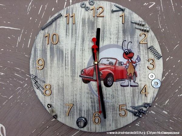 Часы в технике декупаж и пейп-арт