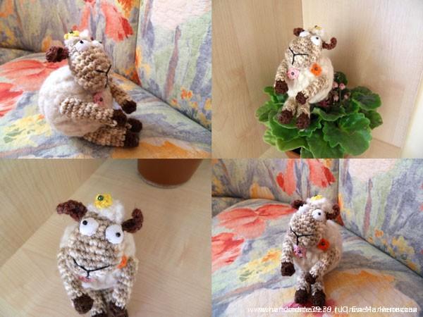 Мягкая вязаная игрушка Овца в цветочек