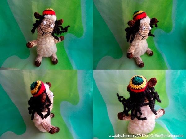 Вязаная игрушка Овца Ямайка