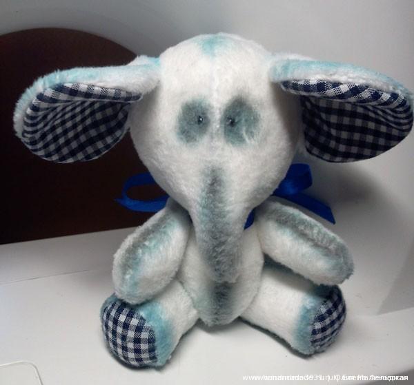 Вид готового слоника спереди.