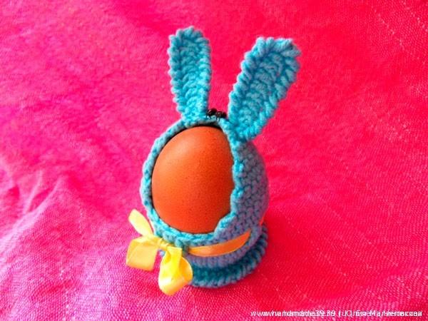Вязаная подставка для яиц Зайчик