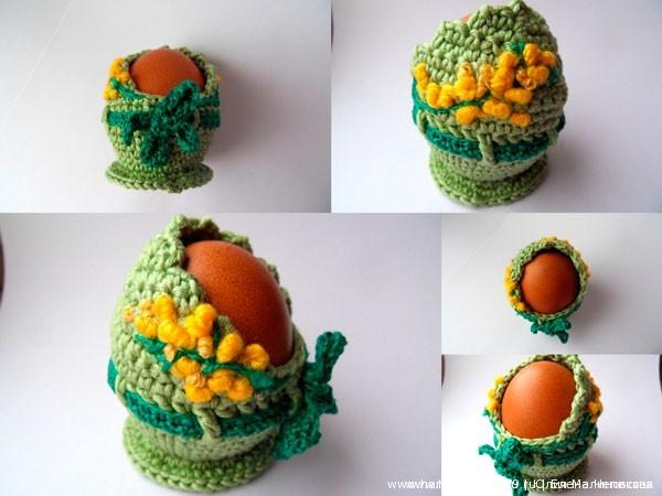 Вязаная подставка для яиц Мимоза