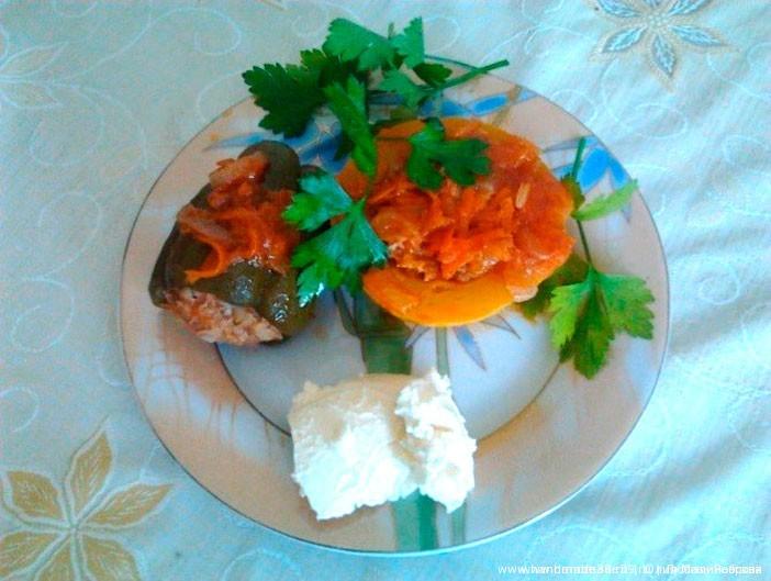 Фаршированные кабачки и перцы
