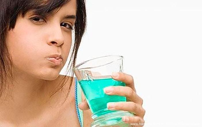 8 способов необычного применения ополаскивателя для рта