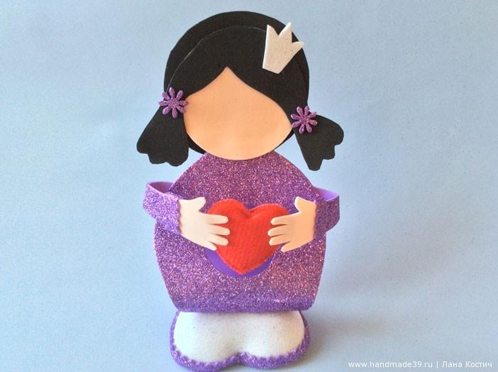 МК Фоамиран: валентинки с конфеткой - куколка