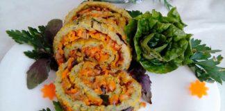 Кабачковый рулет с морковью и грибами