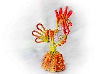 Плетёный Петушок из газетных трубочек – мастер-класс