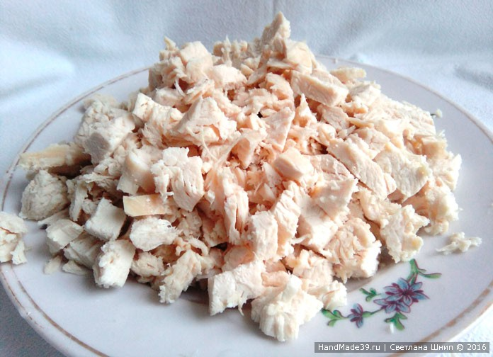 Рецепт салата с ананасами и курицей