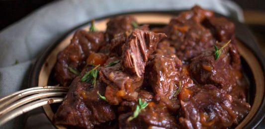 Рецепт как приготовить говядину по-бургундски, которая тает во рту