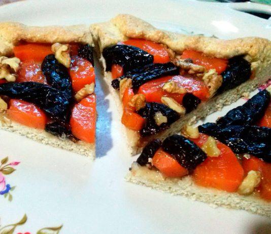 Постная галета с морковью, орехами и черносливом – рецепт с фото