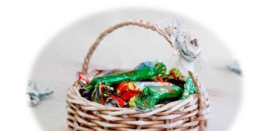 Плетёная корзинка-конфетница – мастер-класс по плетению из бумажных трубочек
