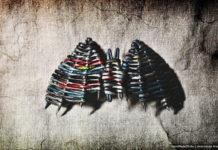 Летучая мышь, плетённая из бумажных трубочек, мастер-класс