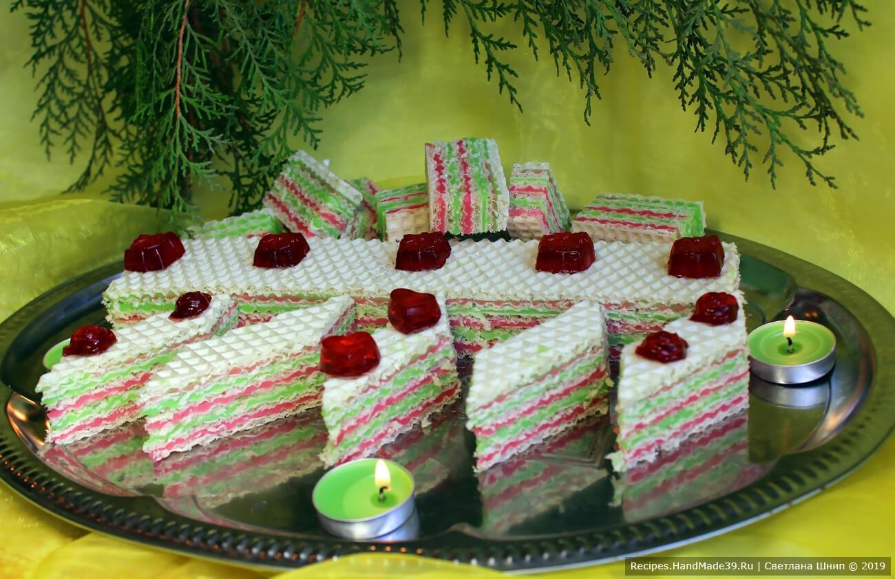 Экспресс-торт из вафельных коржей с желейной прослойкой