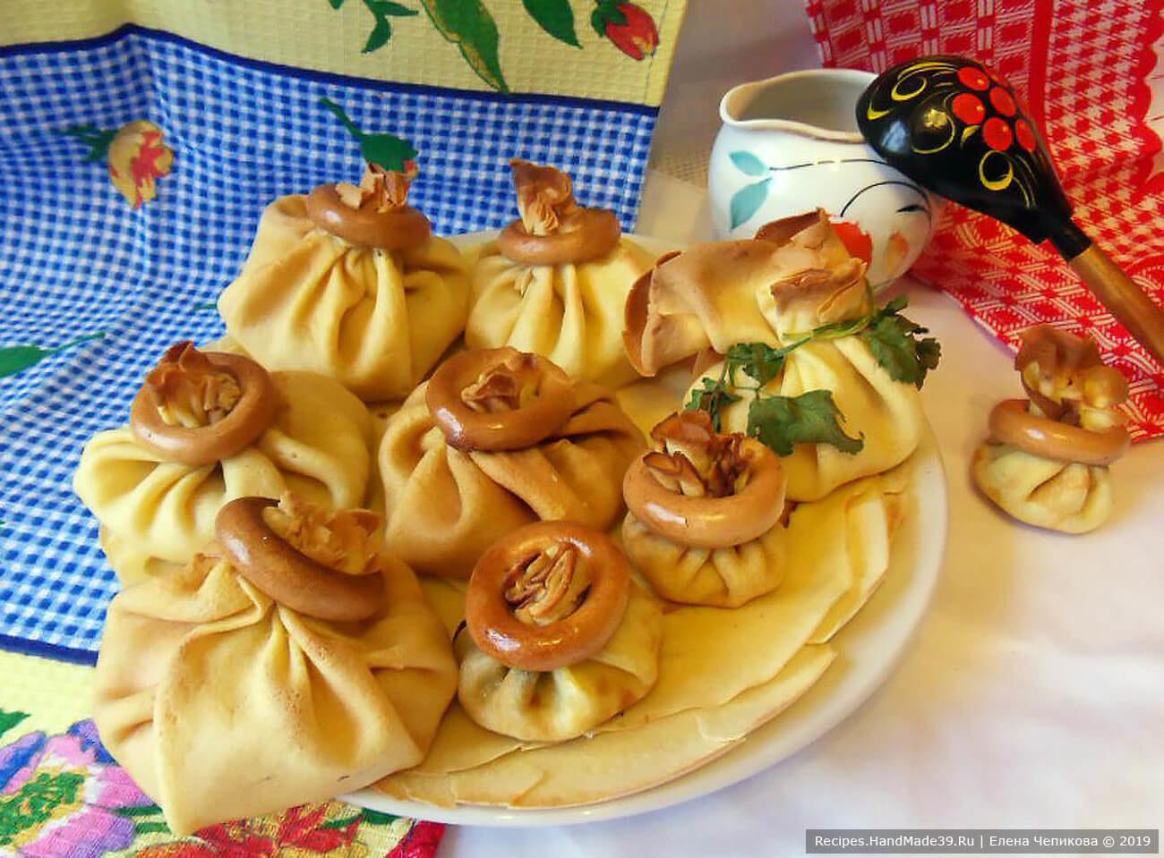 Блинные мешочки с начинками – пошаговый кулинарный рецепт с фото