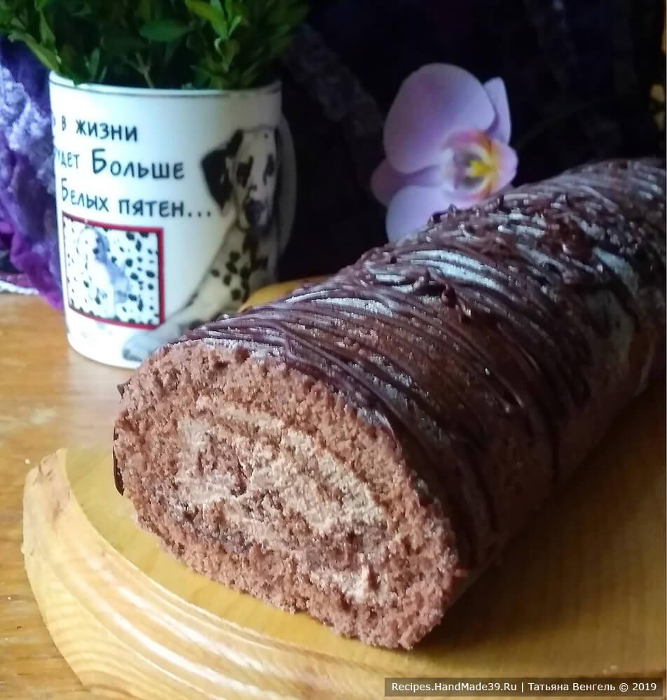 Шоколадный рулет с шоколадным кремом – пошаговый кулинарный рецепт с фото