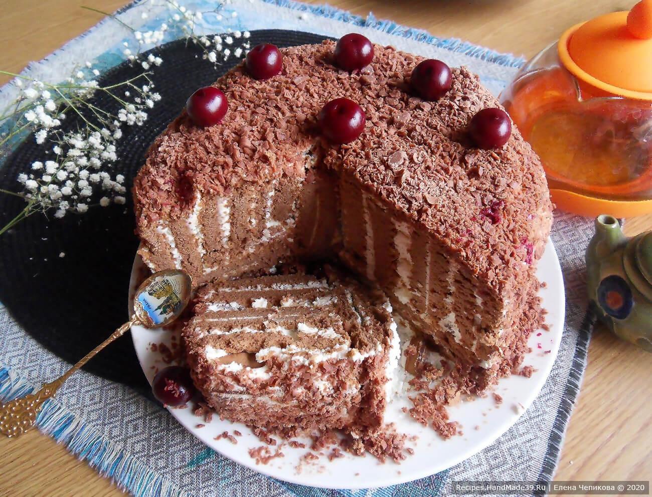Торт без выпечки «Полосатый рейс» из печенья с творожным кремом