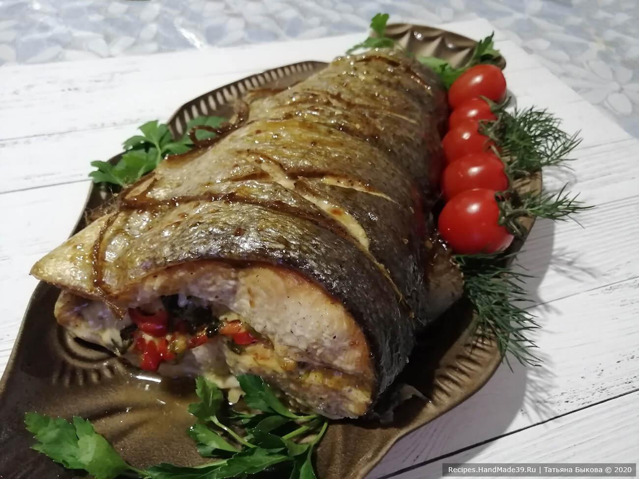 Рыбная «бандероль» – фаршированная красная рыба, запечённая в духовке – пошаговый рецепт с фото