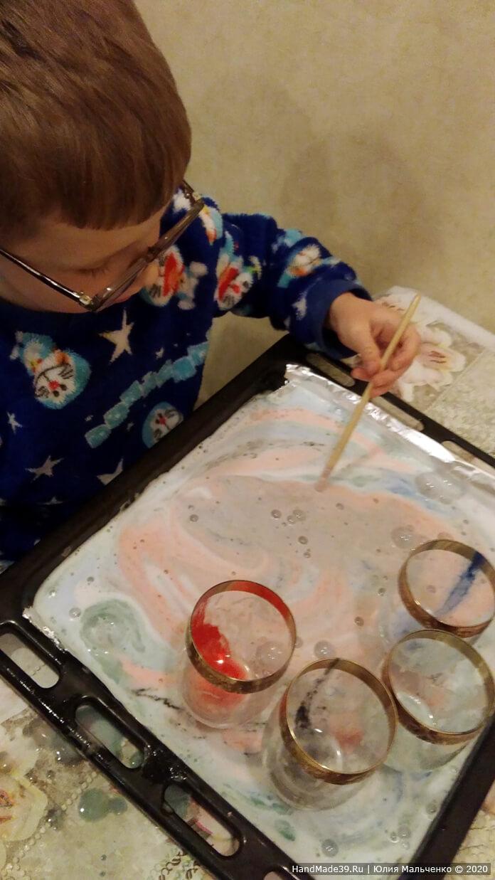 Химические опыты для детей. Вулкан из цветной пены. Шаг 4