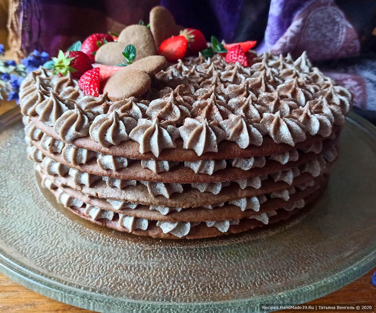 Шоколадный медовик с шоколадным заварным кремом и ягодной прослойкой – пошаговый рецепт с фото