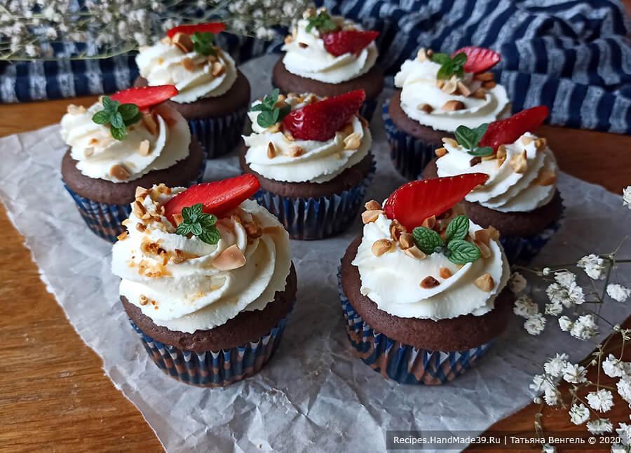 Капкейки «Сникерс» – пошаговый кулинарный рецепт с фото