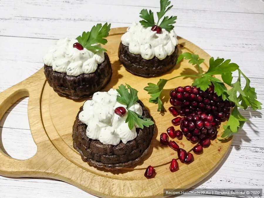 Печёночные кексы с начинкой – пошаговый кулинарный рецепт с фото