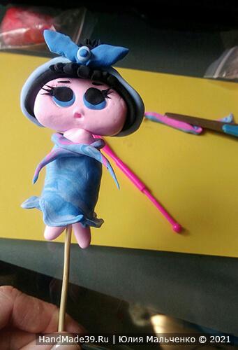 Куклы ЛОЛ из пластилина – фото шаг 8