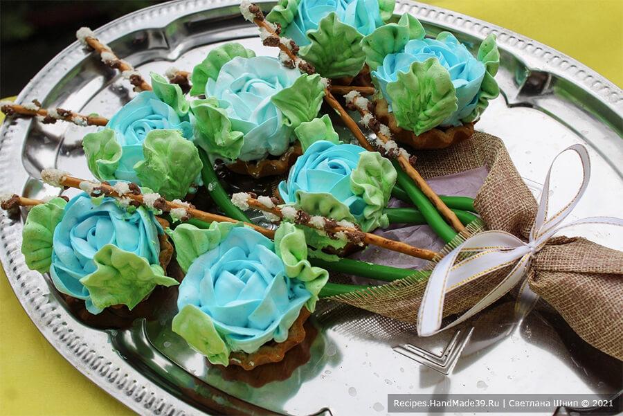 Пирожные «Корзиночки» с белково-заварным кремом – пошаговый кулинарный рецепт с фото