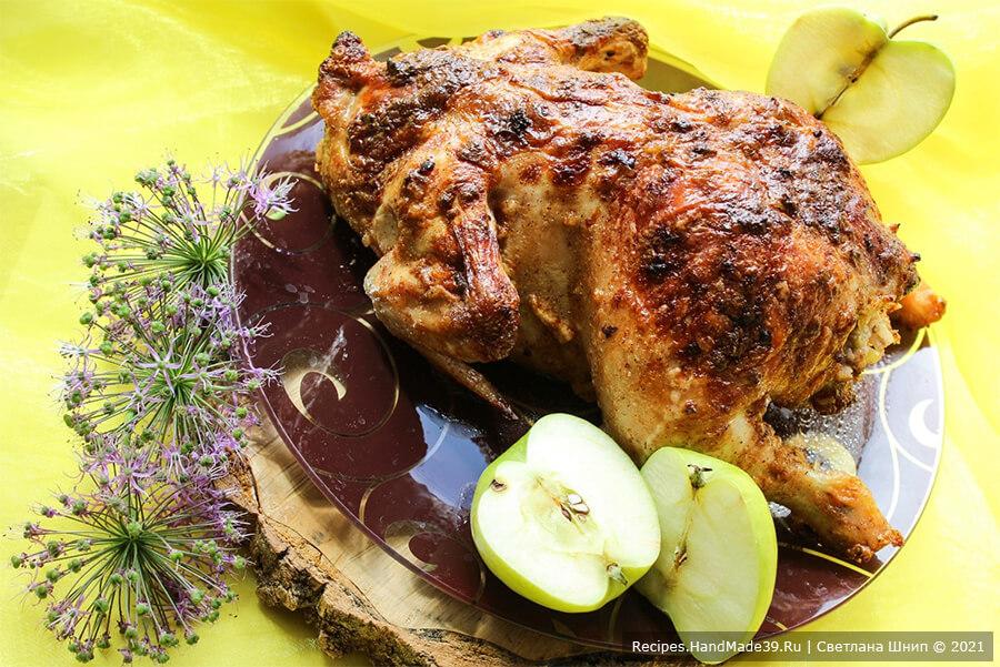 Курица, фаршированная рисом и яблоками – пошаговый кулинарный рецепт с фото